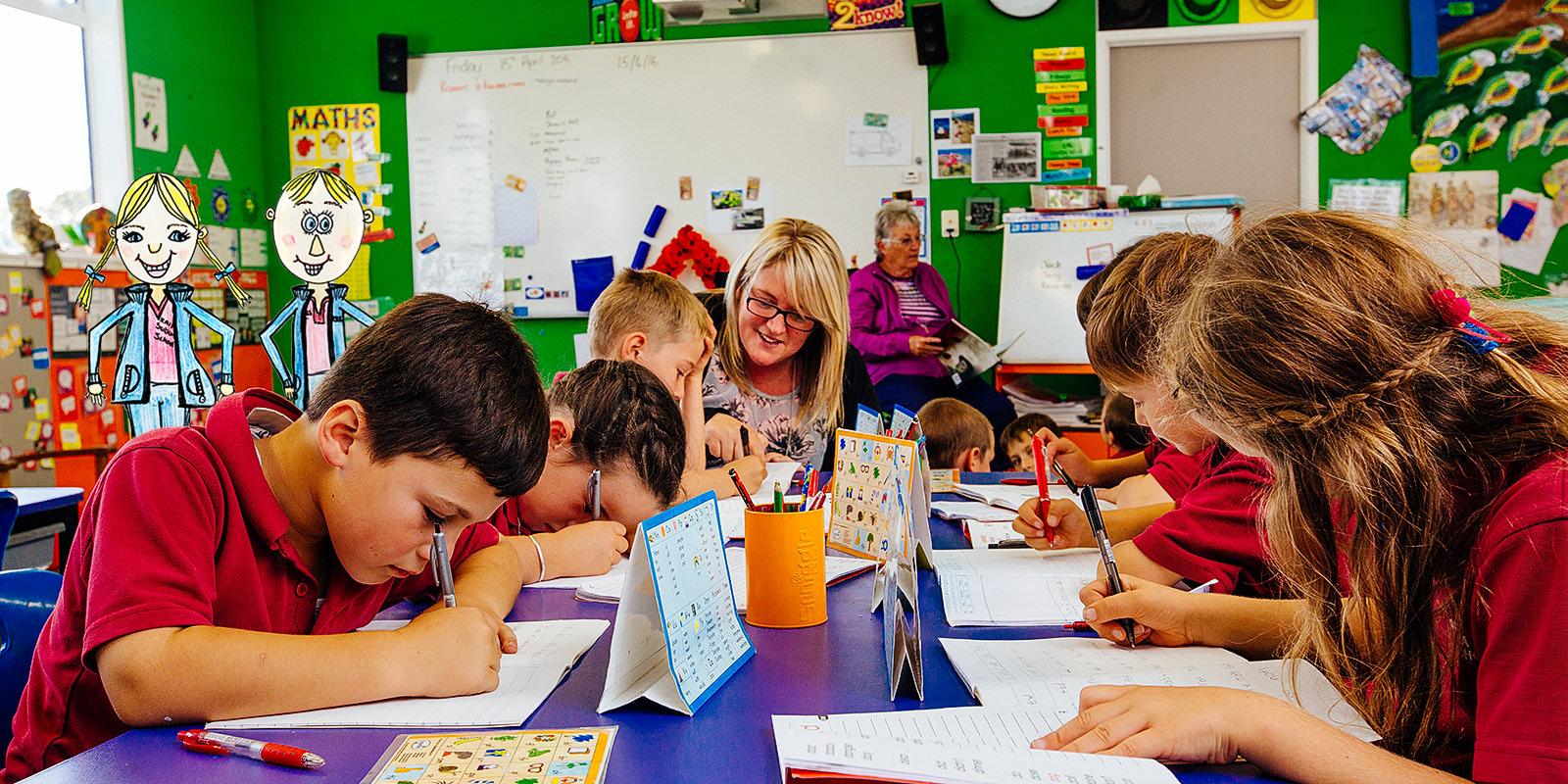 suburban-classroom-working